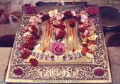 Sai Baba charan image, boown and red color